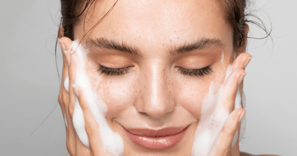 Get Spotless Skin With no Scars Neem Extract Facewash