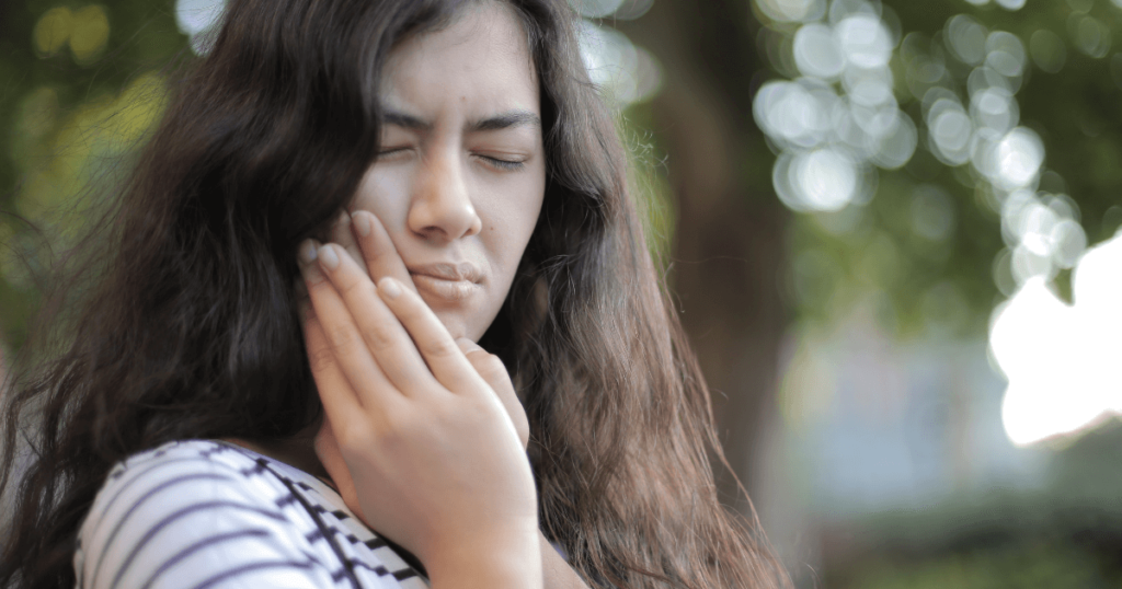 7 Effective Hacks To Cure Your Toothache