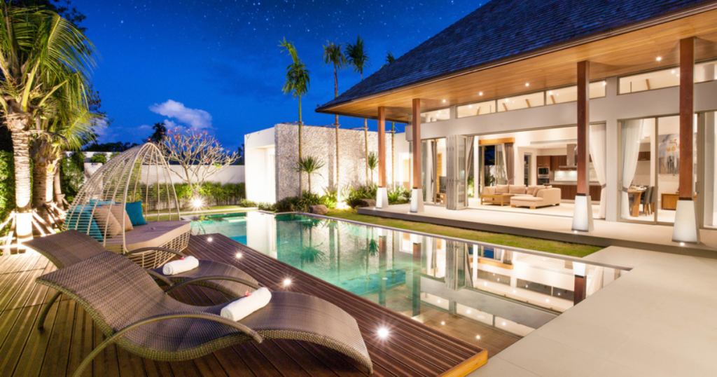 Which Things Matter in the Construction Quality of Luxury Homes?